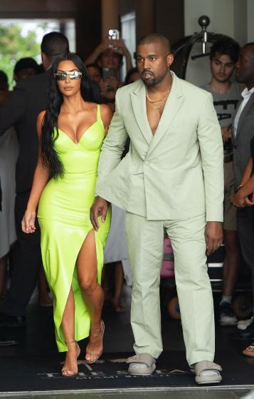 Kim Kardashian Net Worth 2019 Kim Kardashian Kim Kardashian Style Kim Kardashian Kanye West