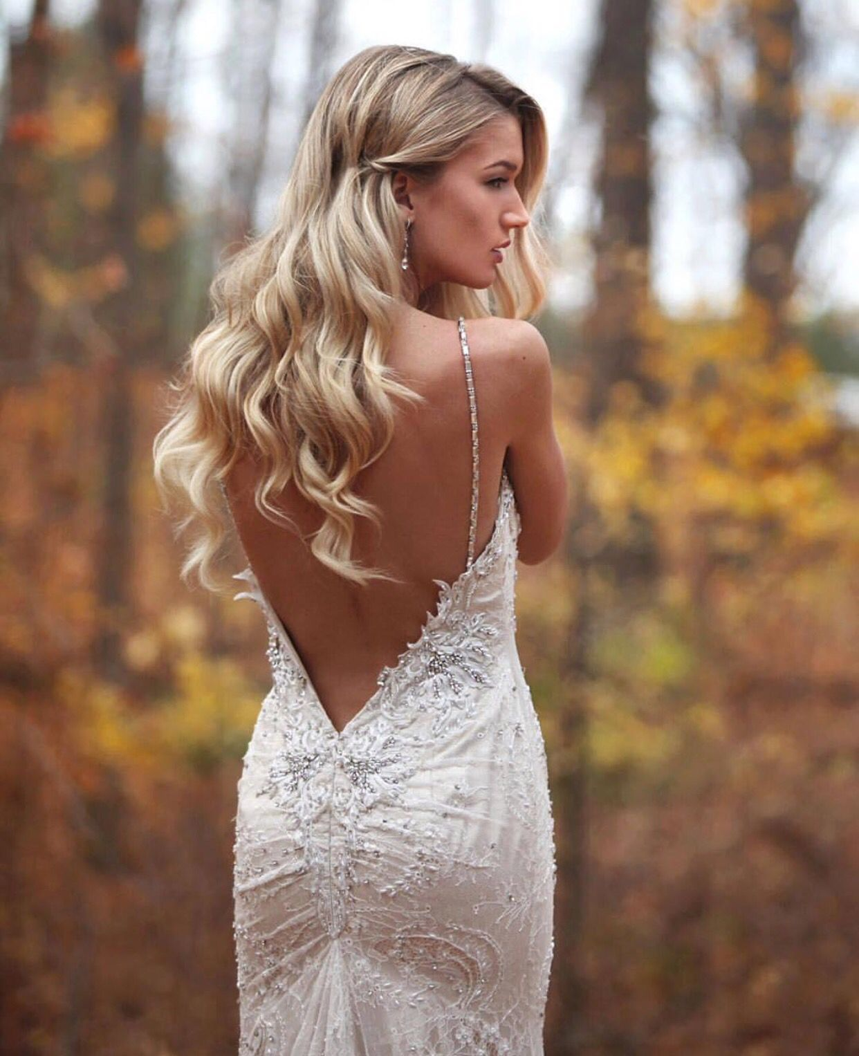 Beautiful Unique u Hot Backless Wedding Dresses Hair
