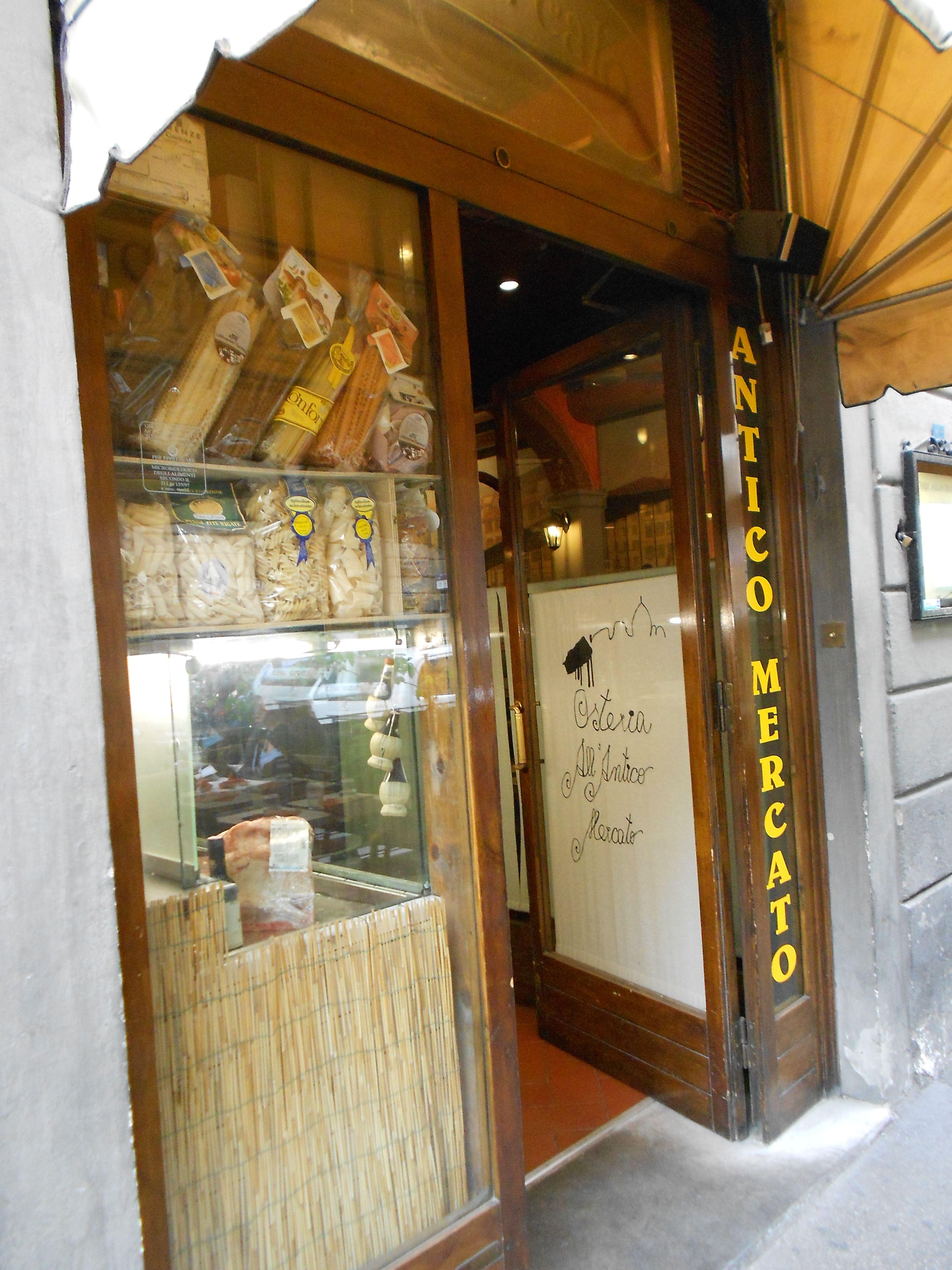 BEST MEAL IN ITALY - Mushroom Ravioli w/Truffle sauce - Antico Mercato, Firenze