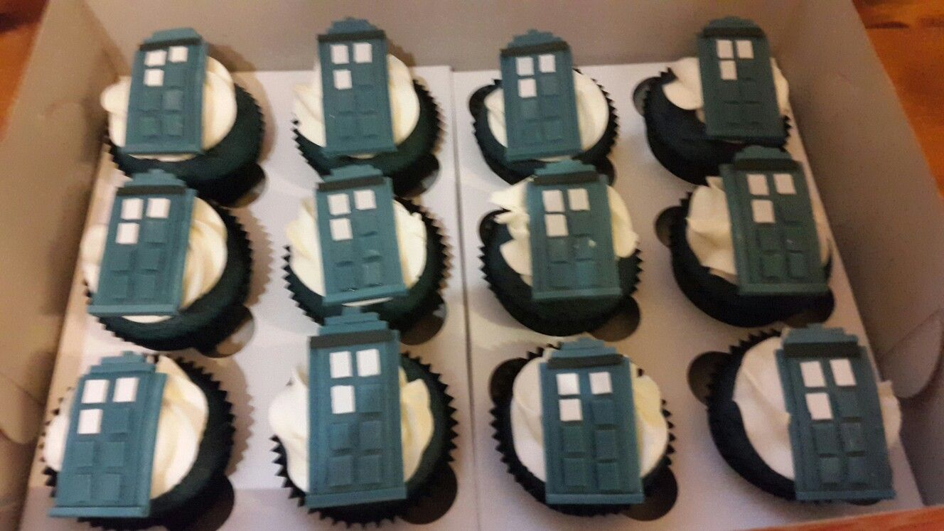 These TARDIS cupcakes are out of this world!