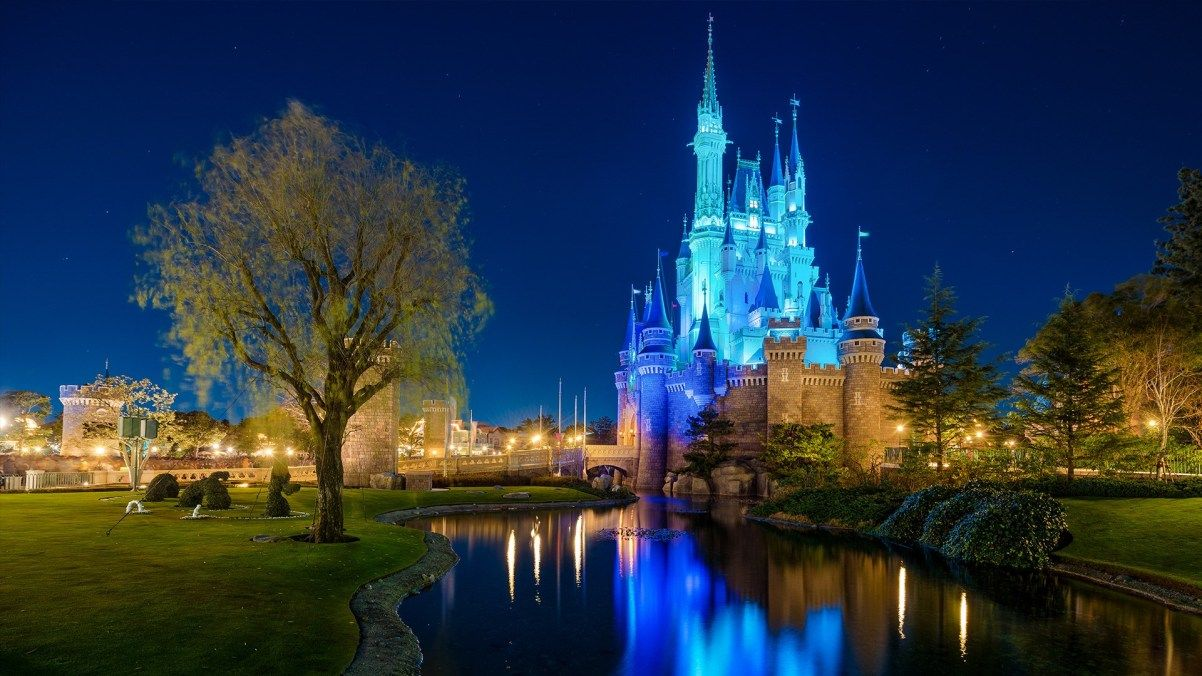 Free Disney Zoom Backgrounds Wallpapers Disney Tourist Blog Disney Tourist Blog Disneyworld Pictures Fun Places To Go