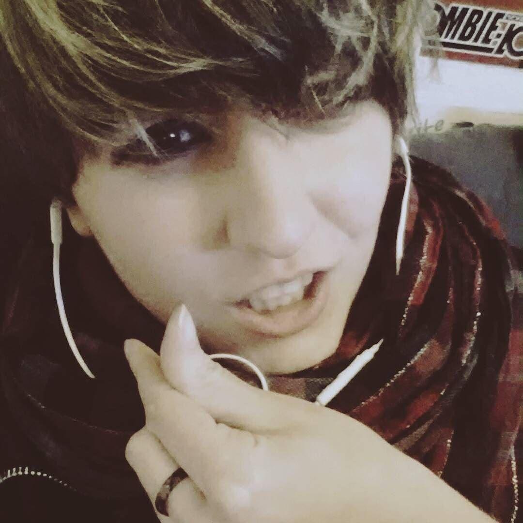 Costest : Jungkook BTS #btscosplay #bts #bangtanboys #bangtanstyle #costest #cosplaymakeup #jeonjungkook #jungkook #jungkookie #kookiestyle #kookiecosplay #kookie #goldenmaknae #boyinluvbts #shota #shonen #boy