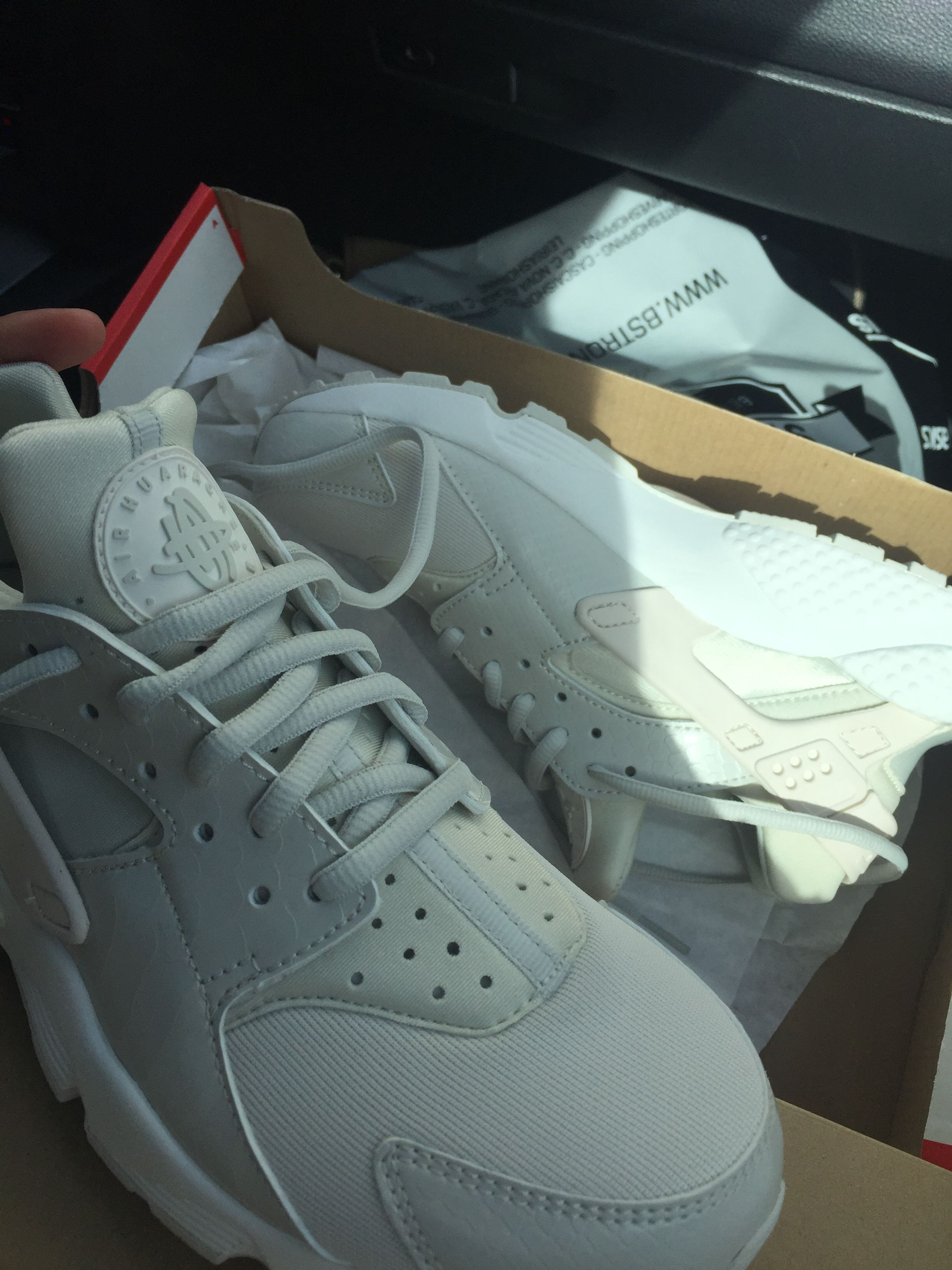 Pin by izzy on Chaussure | Nike huarache, Shoes, Sneakers