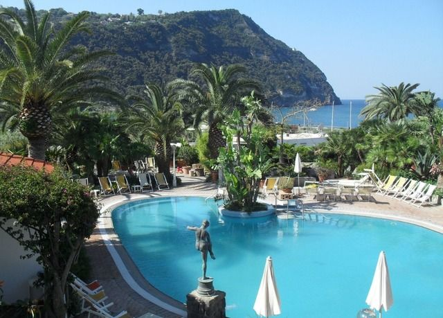 A tranquil Ischia stay by the popular Citara Beach, with a