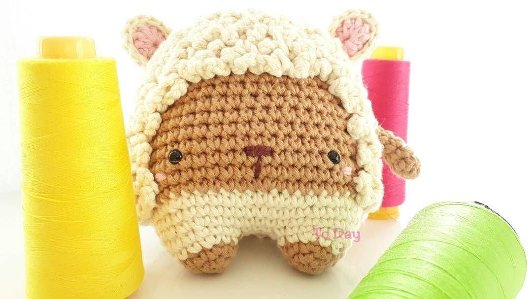 Cuddle Me Sheep amigurumi pattern - Amigurumi Today | 607x1080