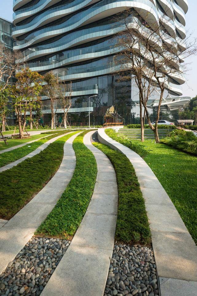 Weaving Landform Negotiating With Existing Trees Scg Landscape