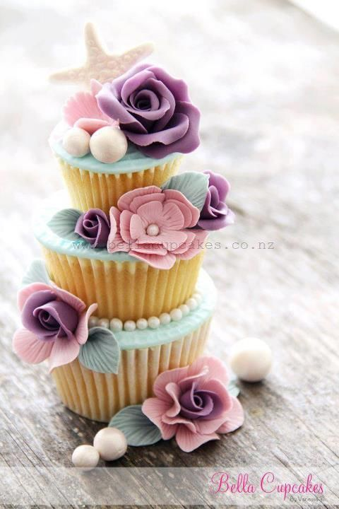 3 layer cupcake. I have to make this someday.