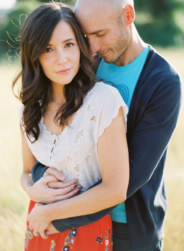 engagement pose- Love how the colors go together but not match!  And white is not a bad color, just keep it to one piece!