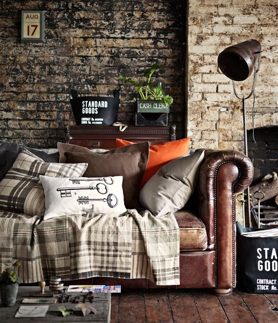 Love the Black-ish exposed brick and a worn leather couch  House  Pinterest  홈 ...