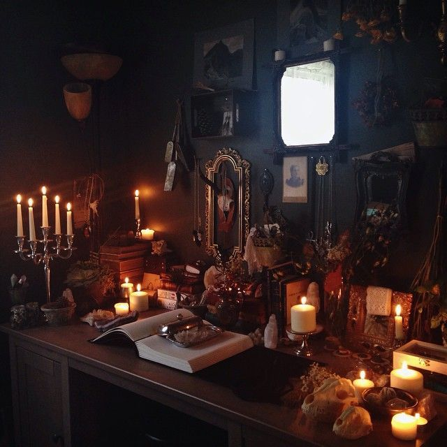 Enchantingly Beautiful. #altar #decor #witches #Pagan