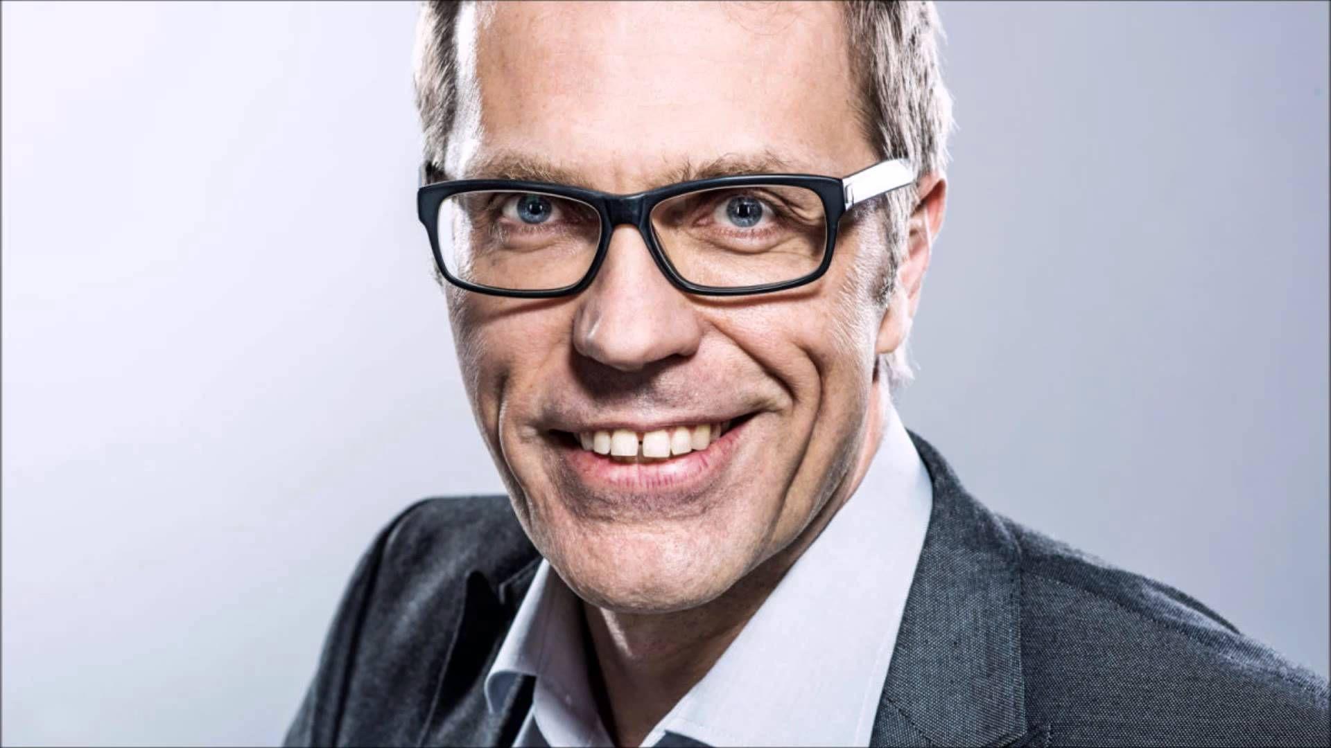 Jari Sarasvuo älä myy vallankumousta YLE Puhe 15.2.2016