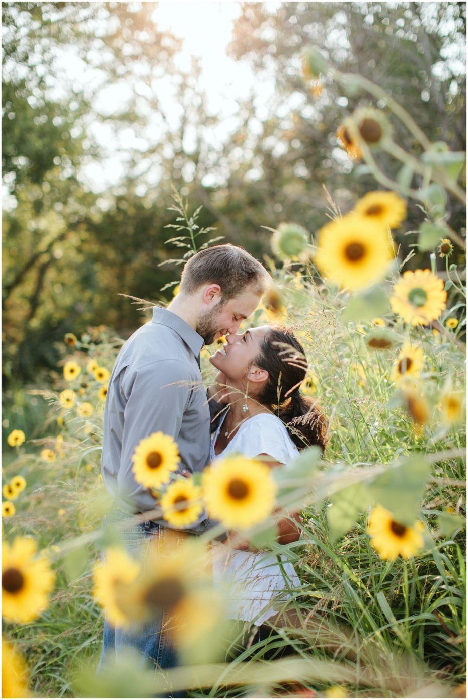Noelito Flow Engagement pictures, Engagement couple