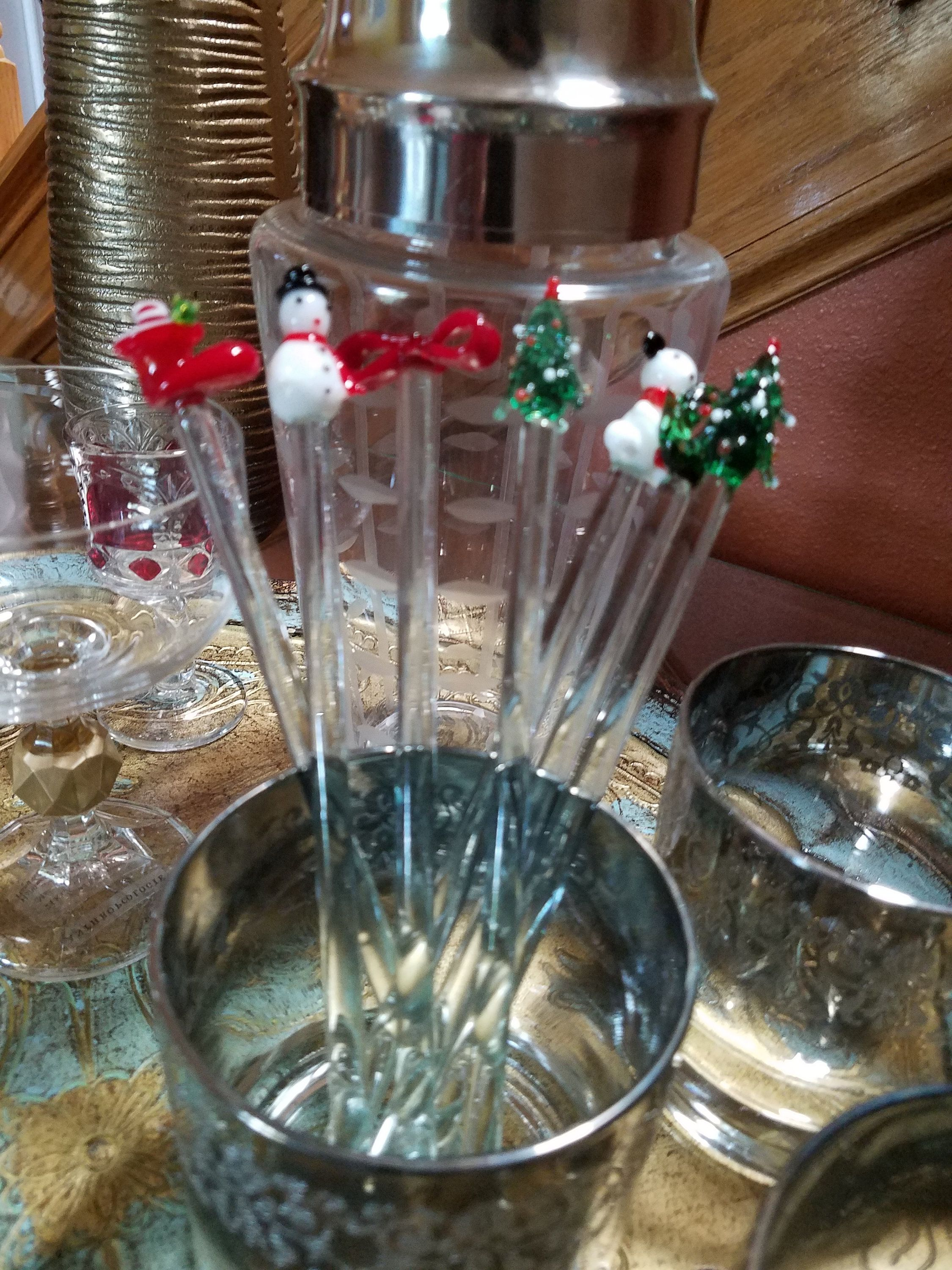 Holiday 8 Glass Drink Stirrers Cocktail Swizzle Sticks Christmas Cocktails Drink Stirrers Barware Vintage Collectibles Drink Sticks Christmas Cocktails Drink Stirrers Swizzle Sticks