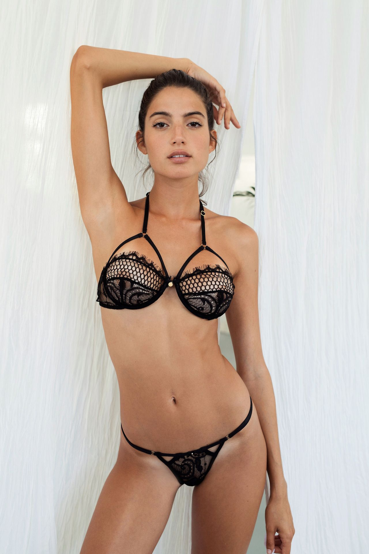 Celebrites Rafaella Consentino nude (54 photos), Topless, Sideboobs, Selfie, butt 2020