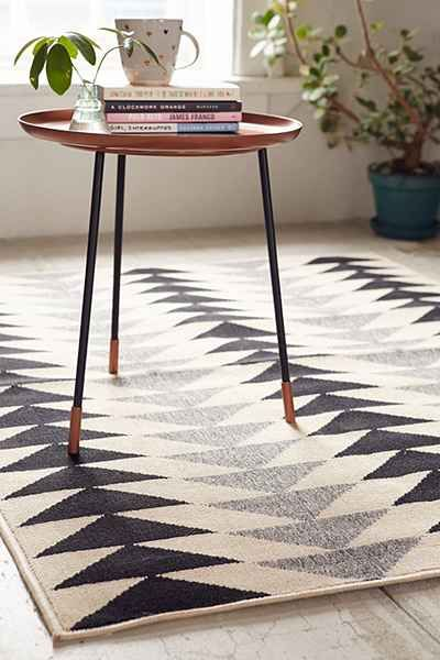 Modern Triangles Indoor Outdoor Rug Urban Outfitters Home