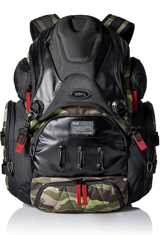 Amazon Com Oakley Men S Big Kitchen Herb One Size Clothing Oakley Men Oakley Backpack Oakley Bag