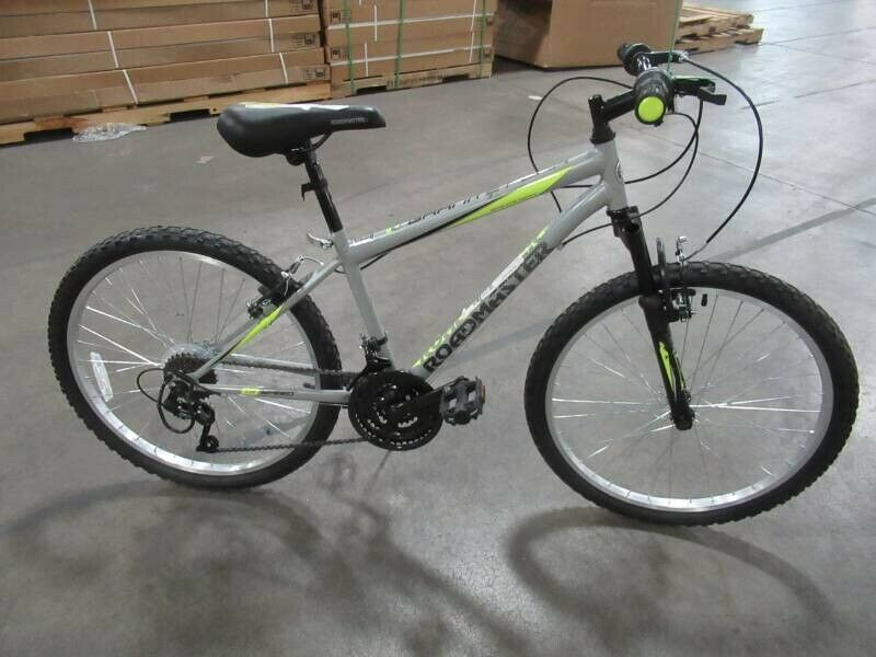 Roadmaster 24 Granite Peak Boys Mountain Bike Grey And Green In 2020 Boys Mountain Bike Mountain Biking Mens Mountain Bike