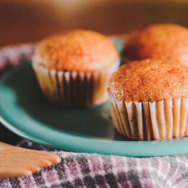كب كيك الشوفان بالموز لاطفالك مطبخ سيدتي Recipe Food Breakfast Muffin