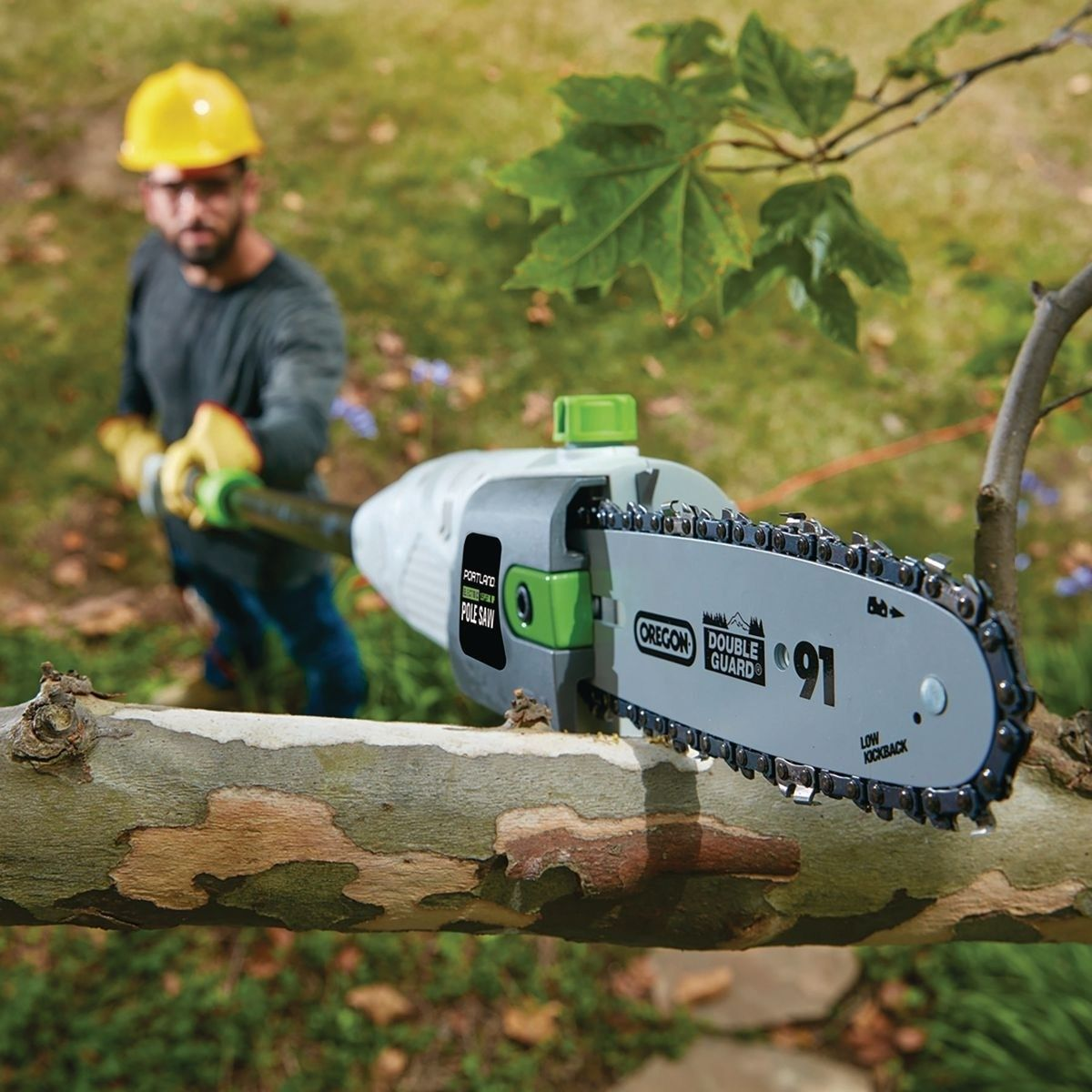 9.5 In. 7 Amp Corded Electric Pole Saw Harbor freight