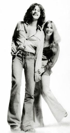 A Young Stevie Nicks And Lindsey Buckingham