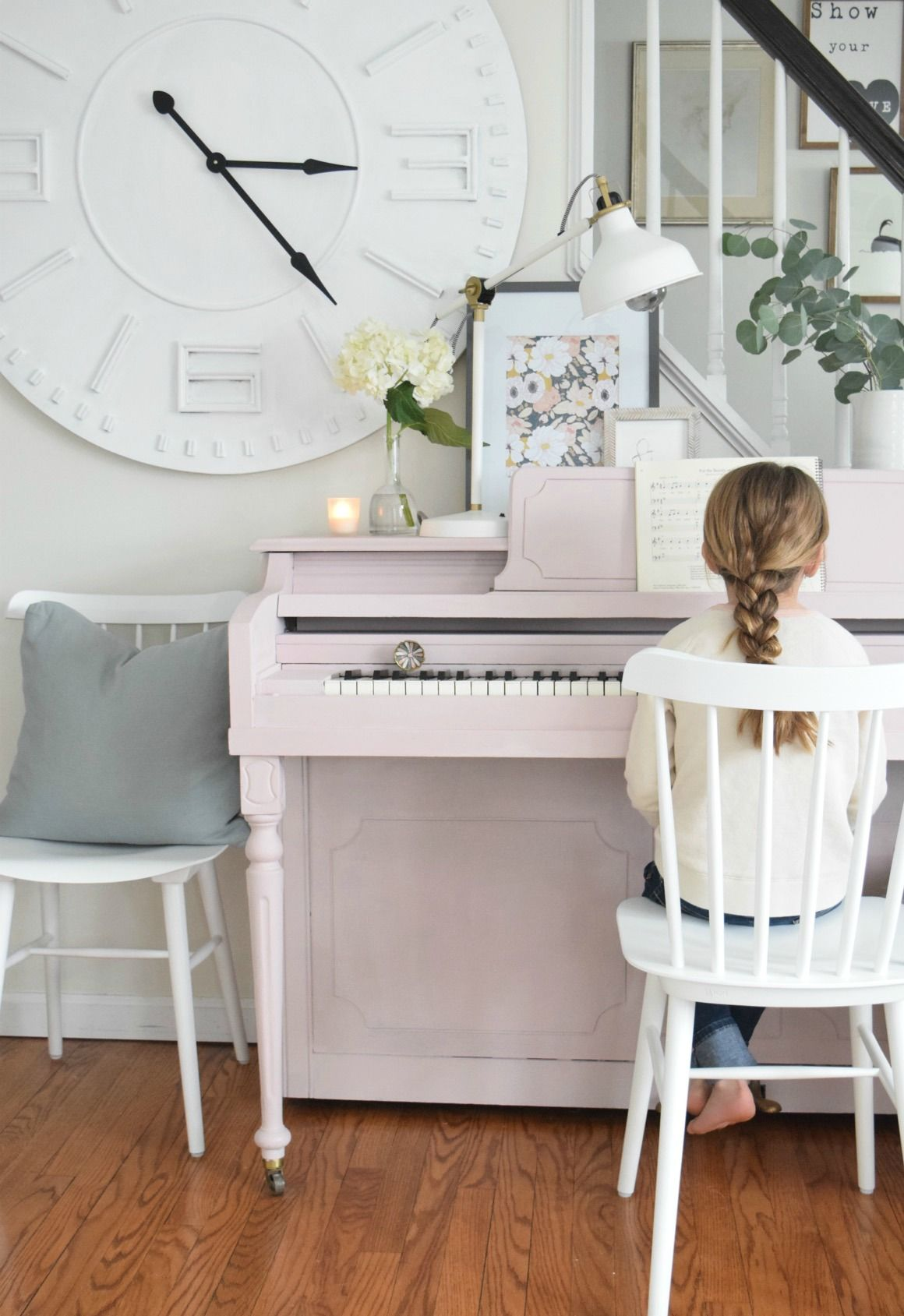 Spring Home Tour in our Cape 2017 is part of Small Living Room With Piano - Spring home decor changes and ideas with a group of 25 bloggers  Easy updates and inexpensive ideas for spring from wallpaper to cut branches