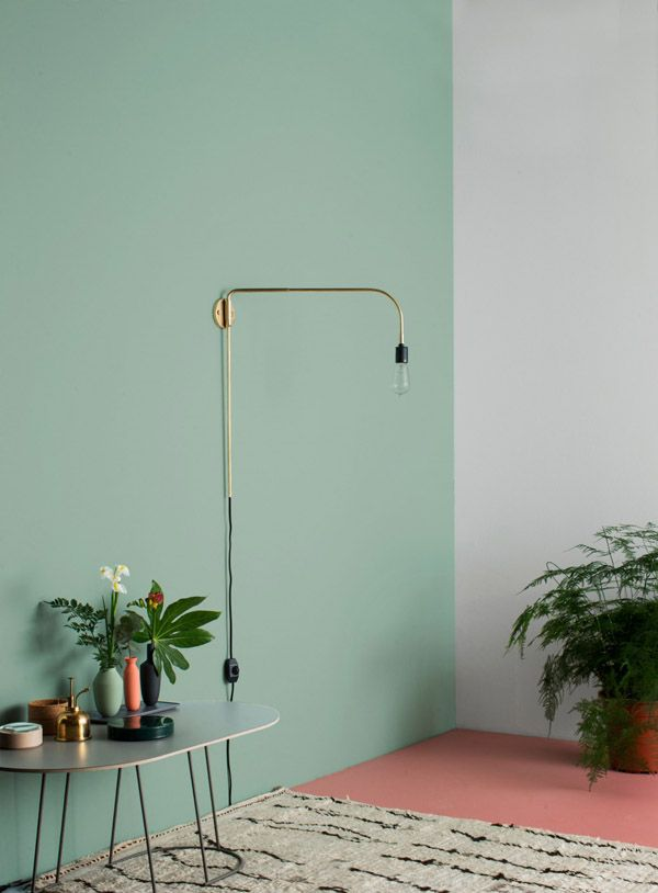 Wand In Mint, Boden In Rosa Und Lampe In Gold. Wunderschön | Wand Streichen  Ideen | Wände Streichen | Wände Dekorieren |