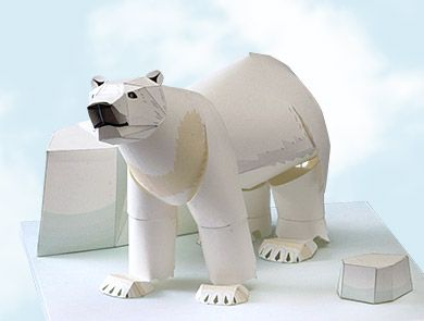 Papercraft kit : The polar bear, one of the largest carnivorous beasts.