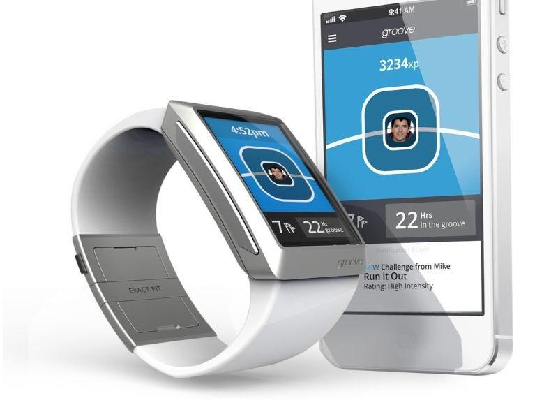 Groove smartwatchfitness tracker with iPhone app seeks