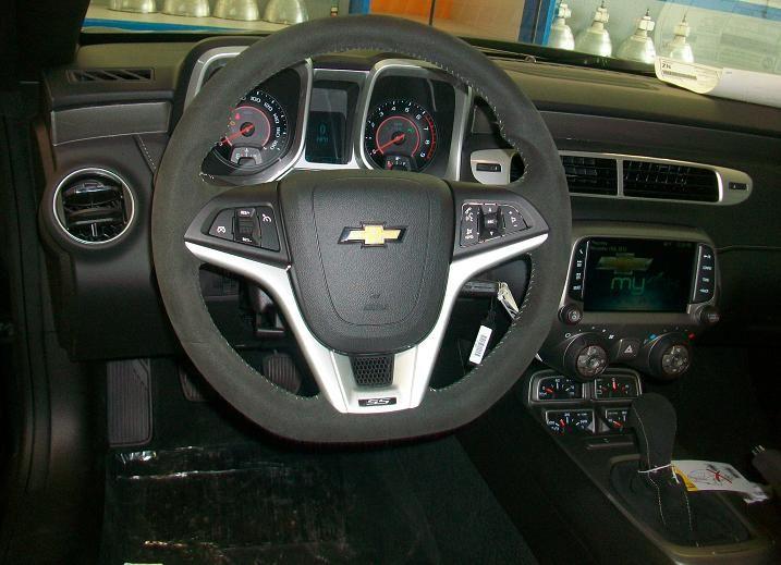 1le Steering Wheel And Shifter Upgrade Chevrolet Camaro Steering Wheel Wheel