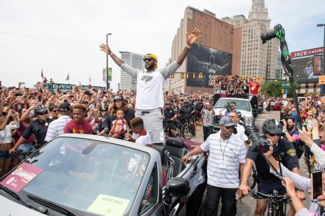LeBron waves in Cavaliers celebration parade.