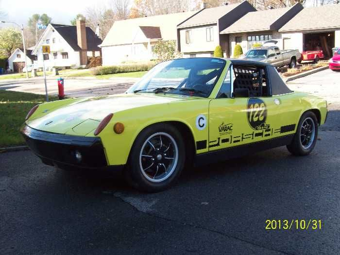 This Porsche is prepared and approved by VARAC & VRG for Vintage Racing because it was made in Sept. 1972. But it stays legal for the streets!     Its engine is a 4 cyl. Original 2.0L with 2 Weber carbs IDF40 (exit injector problems…), European flat top pistons, a Half Race camshaft (8000 rpm), a lightened flywheel = much more power than 91 hp stock engine. It's a german mid-engine against the british or the italian competition. You can trust the Porsche technology. A 911 ...