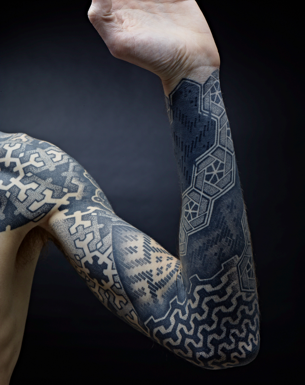 black blue sleeve tattoo google search tattoo right arm ideas pinterest geometric. Black Bedroom Furniture Sets. Home Design Ideas