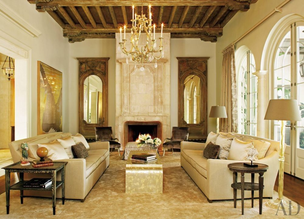 Traditional Living Room by Ann Holden and Ken Tate in Southeastern