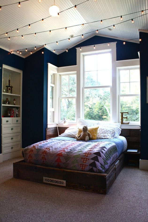 How To Hang String Lights From Ceiling Adorable How You Can Use String Lights To Make Your Bedroom Look Dreamy  Diy Review