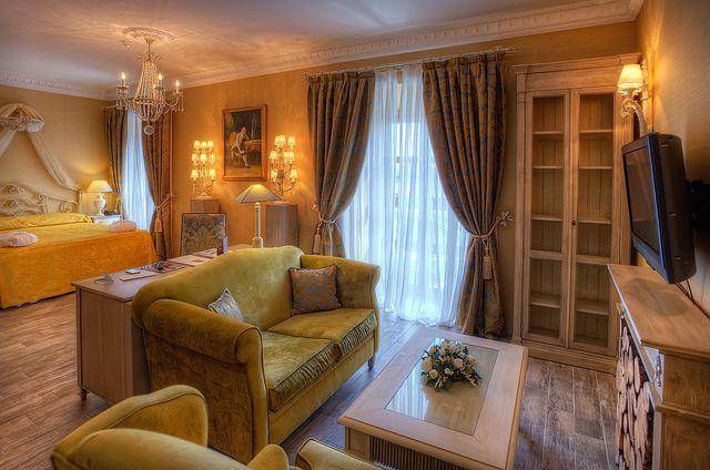 Hotel Room – Habitación de Hotel, Valladolid (Spain)