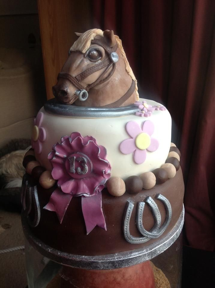 Birthday Cake Ideas With Horses : I like the ribbon but the horse is kind of scary looking ...