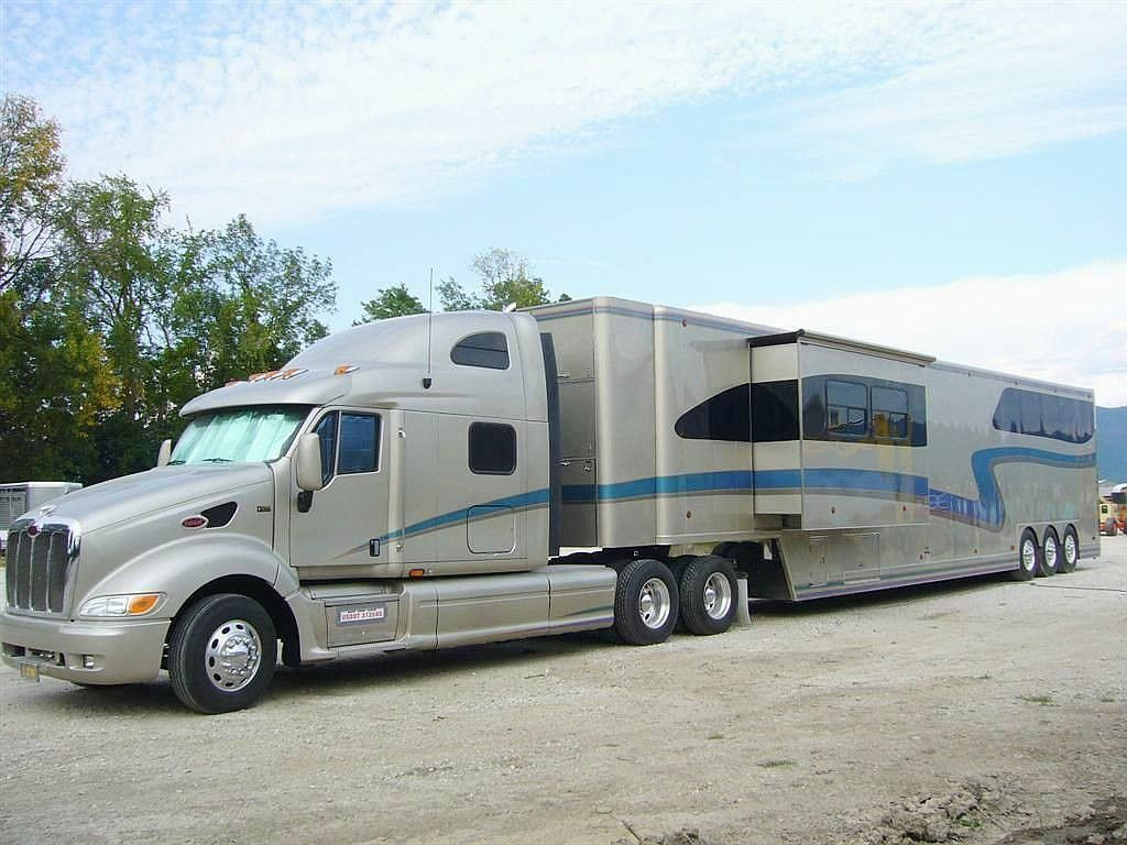 Luxury RV Luxury rv, Rv truck, Rv trailers
