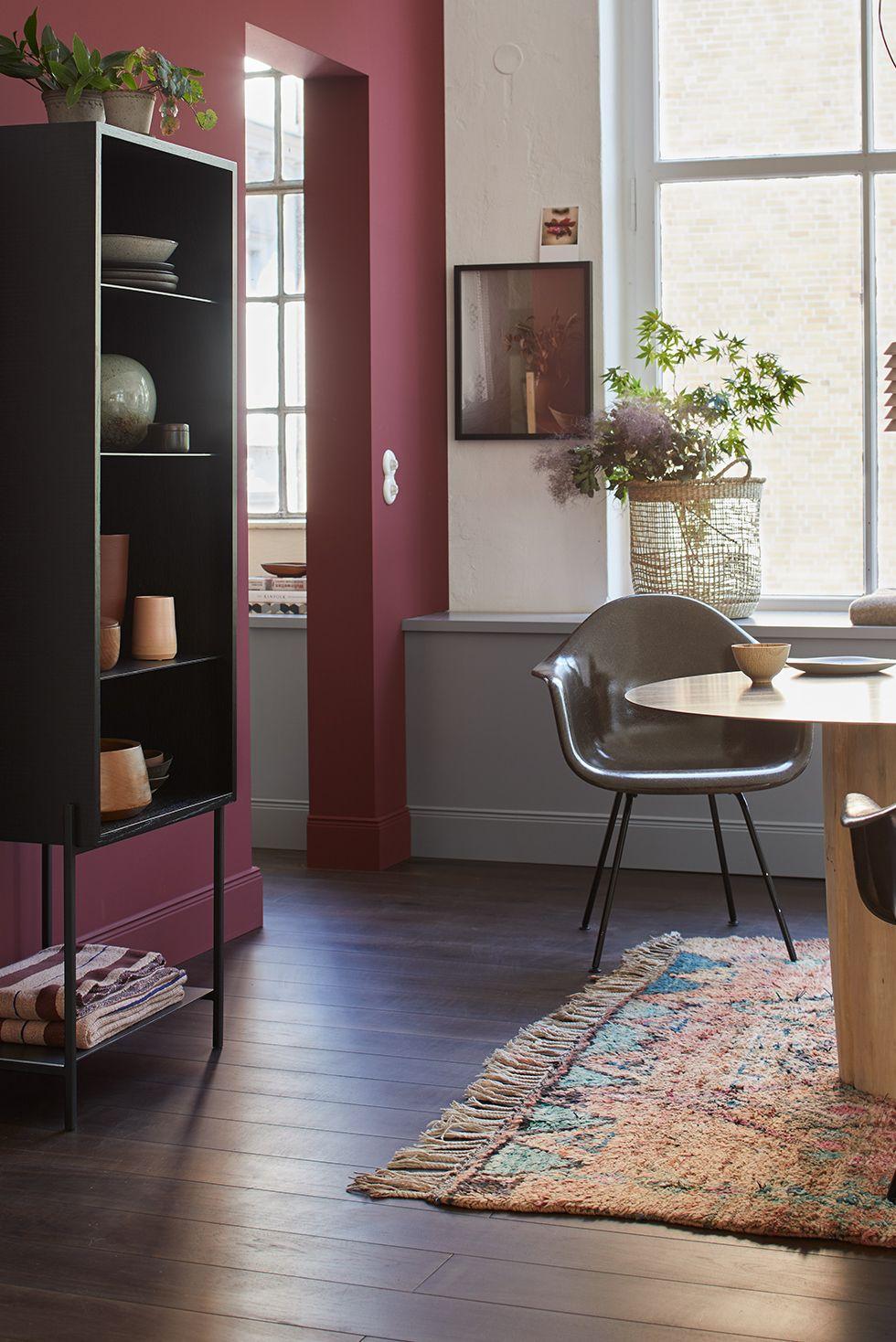 Mit Gedeckten Farben Einrichten Dunkle Wandfarbe Wohnen Wandfarbe