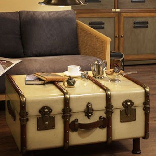 Authentic Models MF040 Stateroom Trunk in Ivory