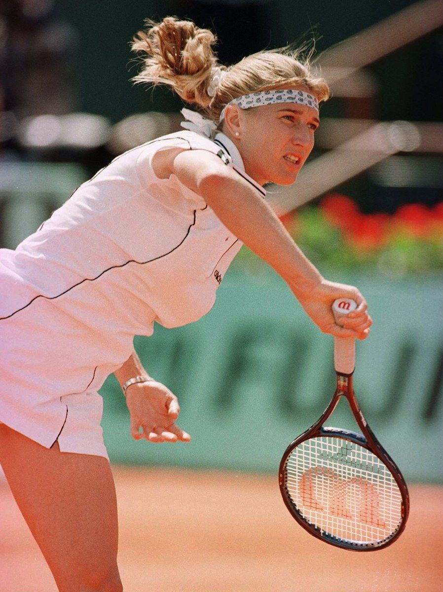 In Honor Of The French Open 16 Tennis Ponytails That Have Ruled The Court Steffi Graf Tennis Tennis Fashion