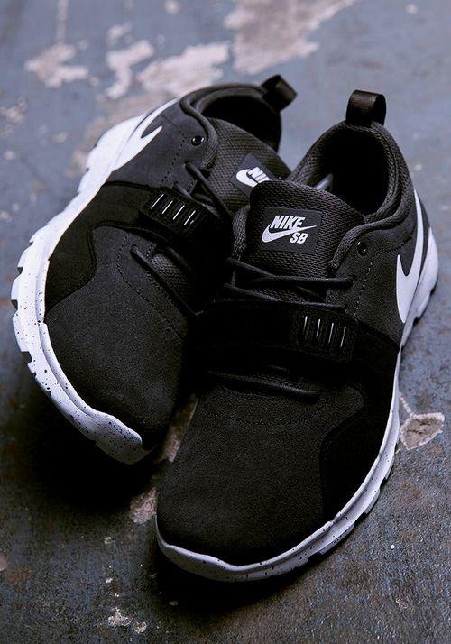 Pin de George Nike Grigoras en Sneakers Pinterest Nike George Tenis y Zapatos 1bd8f0