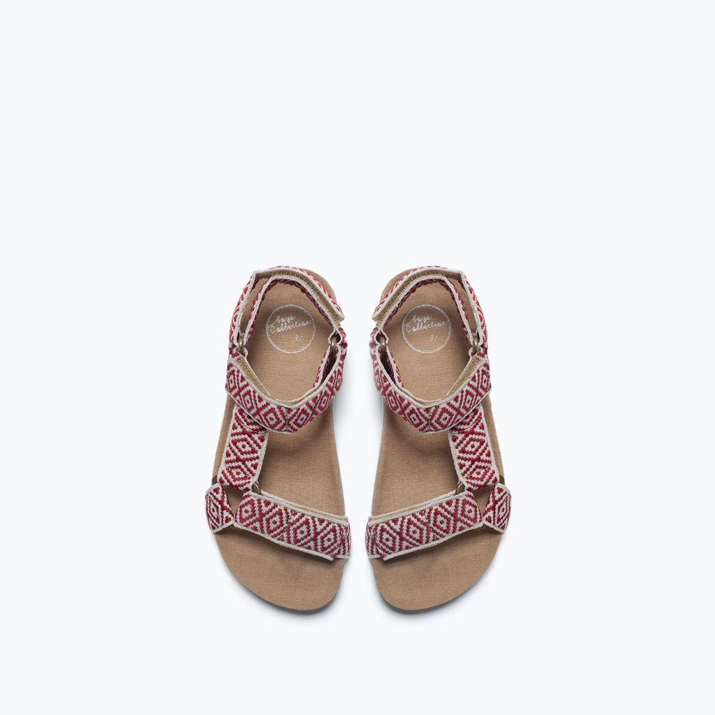 Zdjecie 4 Sandaly Z Tkaniny Z Etnicznym Nadrukiem Z Zara Zara Shoes Fashion