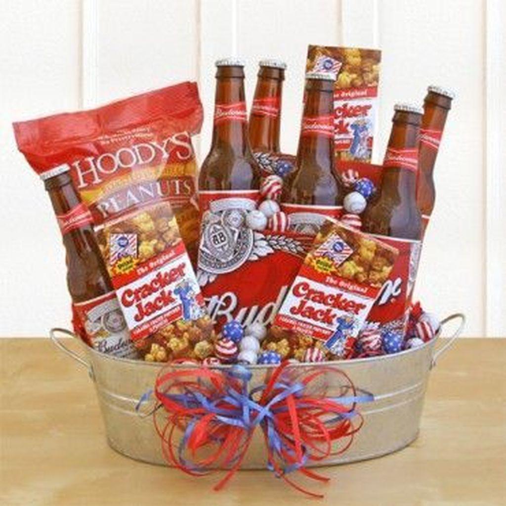 Cool 49 Stylish Diy Wine Gift Baskets Ideas More At Https Homystyle Com 2018 10 05 49 Stylish Diy Win Wine Gifts Diy Beer Gifts Basket Diy Wine Gift Baskets