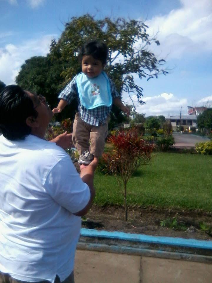 Mi hijo con su tío