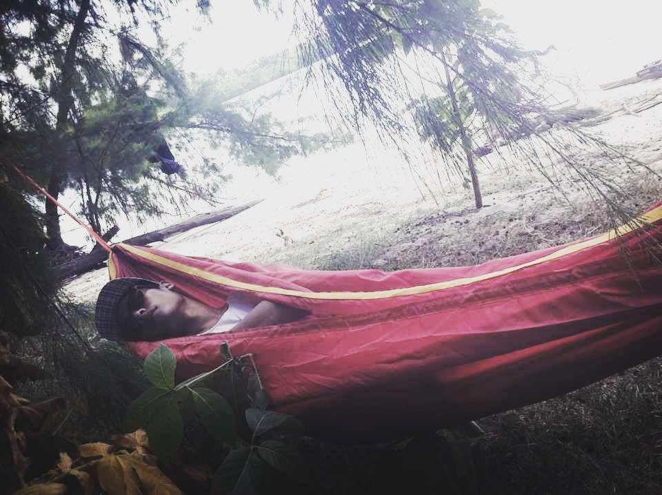 Sleeptight  #summervacation #dolphinisland #vitaminsea #hammocklife by @endryputra