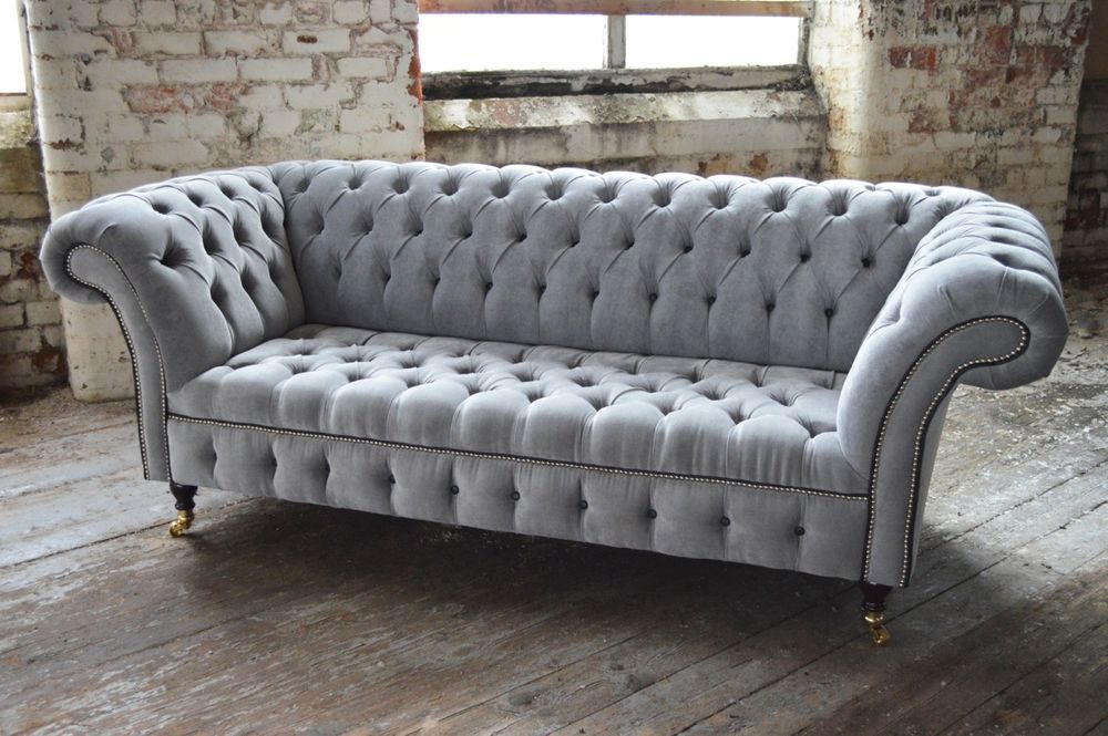 MODERN HANDMADE SILVER VELVET FABRIC CHESTERFIELD SOFA COUCH CHAIR BLACK DETAILS decor ideas