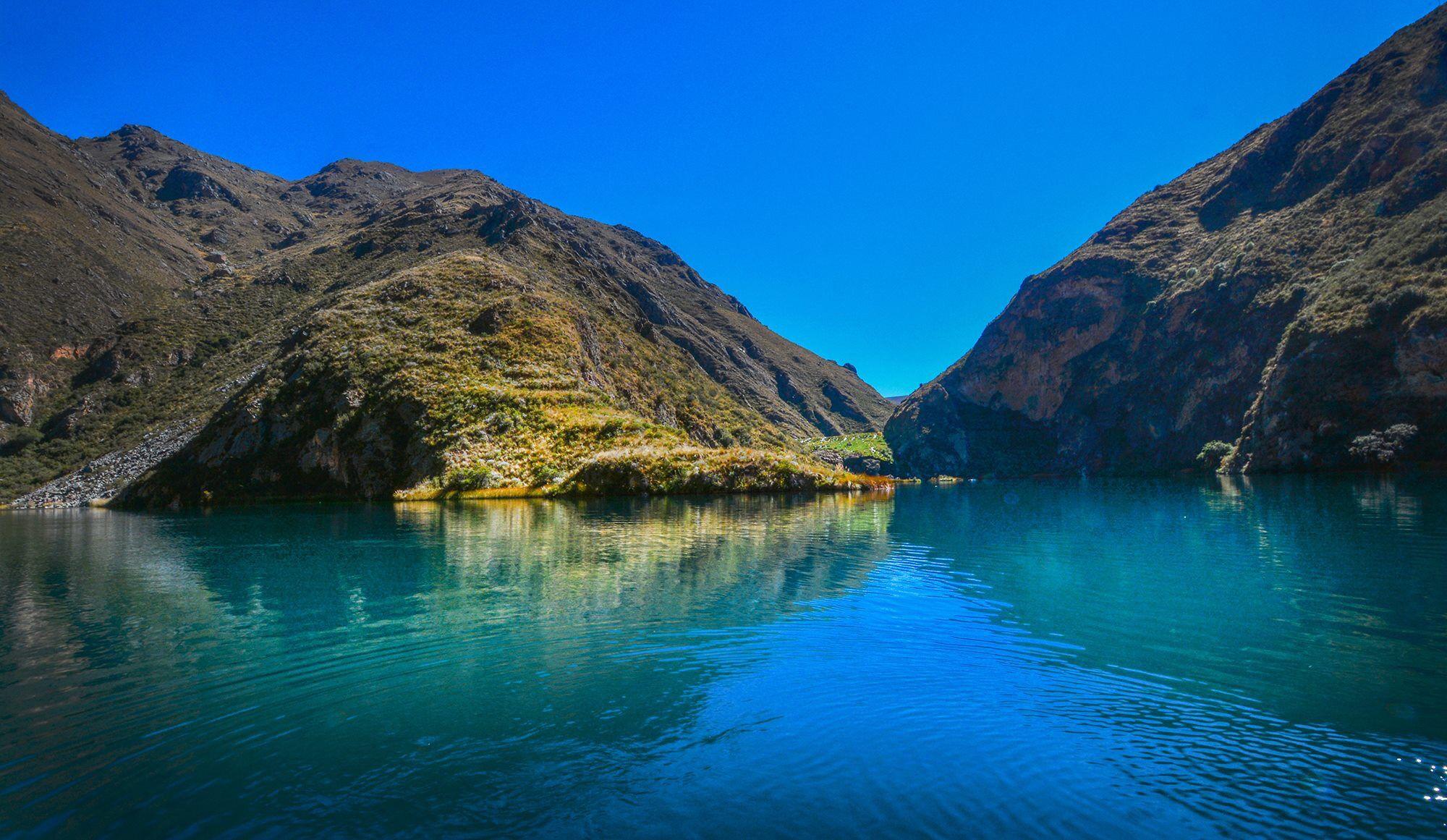 Resultado de imagen para laguna de huallhua