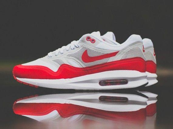 """96e130fb83de sport red nike lunar max 1 06 570x425 Nike Air Max 1 Lunar """"OG Sport Red""""  Available"""