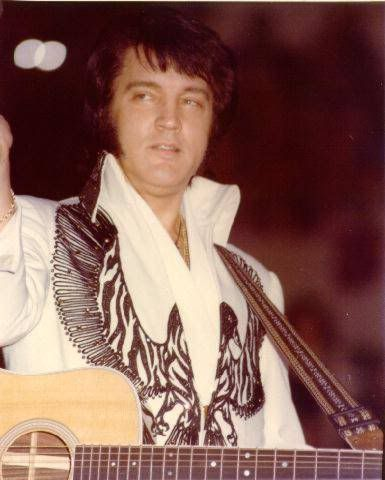 "Elvis - Pittsburgh, December 31, 1976. | guitarist John Wilkinson said about the New Year's Eve show ""It was magnificent, one of his very best""."