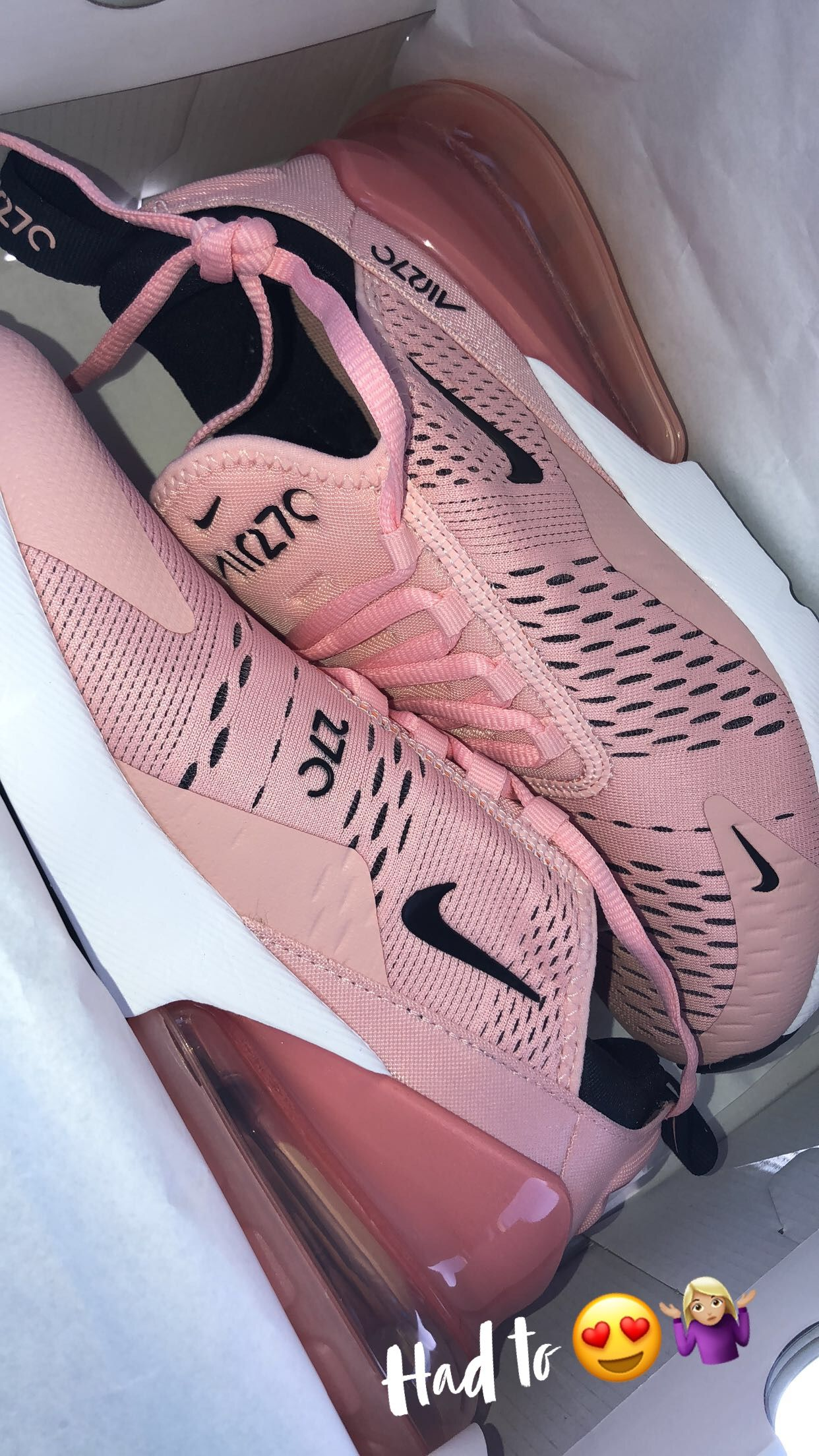 purchase cheap d2415 c8c52 Pink Nike 270s   Fashionista in 2019   Shoes, Nike shoes, Pink nike ...
